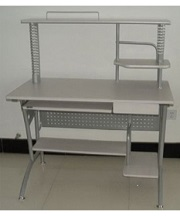 stainless-steel-computer-table